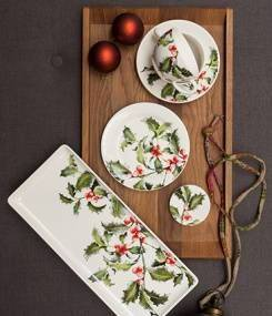 Французский фаянс Gien Зимняя коллекция посуды HOLLY (Остролист)