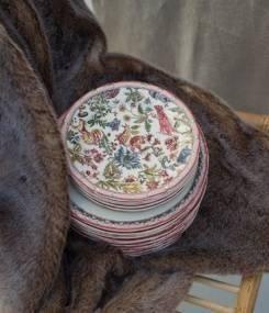 Французский фаянс Gien Сказочная коллекция посуды JARDIN IMAGINAIRE (Фантастический сад)